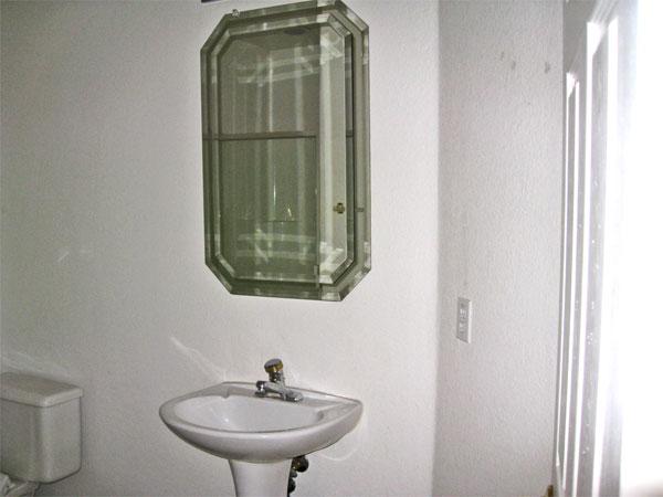 Hall-Bath-5