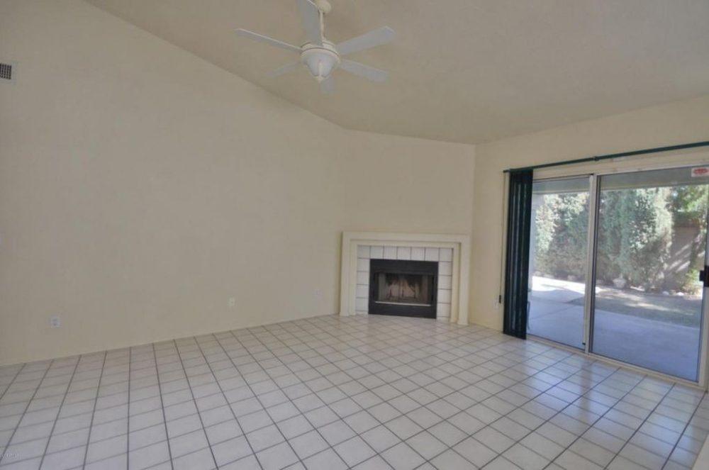 Longmore – fire place living room